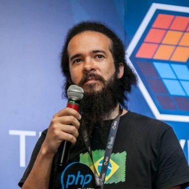 Vitor Mattos de Souza